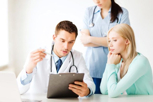 Консультации и осмотры гинеколога: зачем и когда нужны женщине