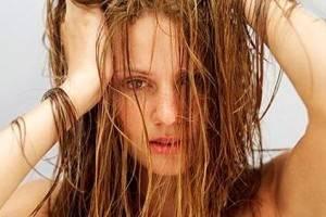 Жирные волосы? 10 решений для того чтобы устранить проблему