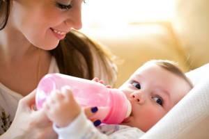 Срыгивания и рвота у новорожденных