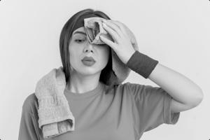 Повышенная потливость: 13 средств для устранения неприятного запаха тела