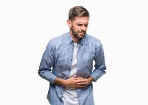 Почему болит живот: причины и рекомендации
